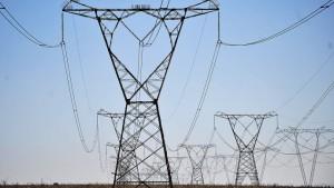 linhas-de-transmicao-energia-economia-20120914-02-original